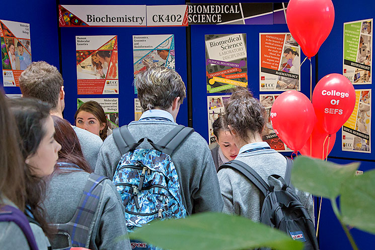 Secondary School students interested in studying Biochemistry discuss their futures with Biochemistry student ambassadors, Aisling Flood and Naomi Hanrahan, at the Biochemistry and Cell Biology stand at UCC Open Day 2017.