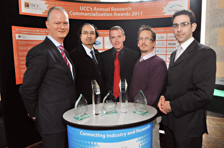 (Photo, L-R: Prof. M. Peter Kennedy, winner ICT Invention of the Year award; Prof. Nabeel Riza, Head of EEE; Dr. Anthony Morrissey, Technology Transfer Office, UCC; Dr. Bill Wright, Tech Transfer/Commercialization awardee; Dr. Padraig Cantillon-Murphy, winner Health/Medicine Invention of the Year award.)