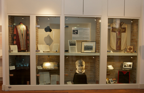 Exhibition Display Cases, Jennings Gallery, UCC