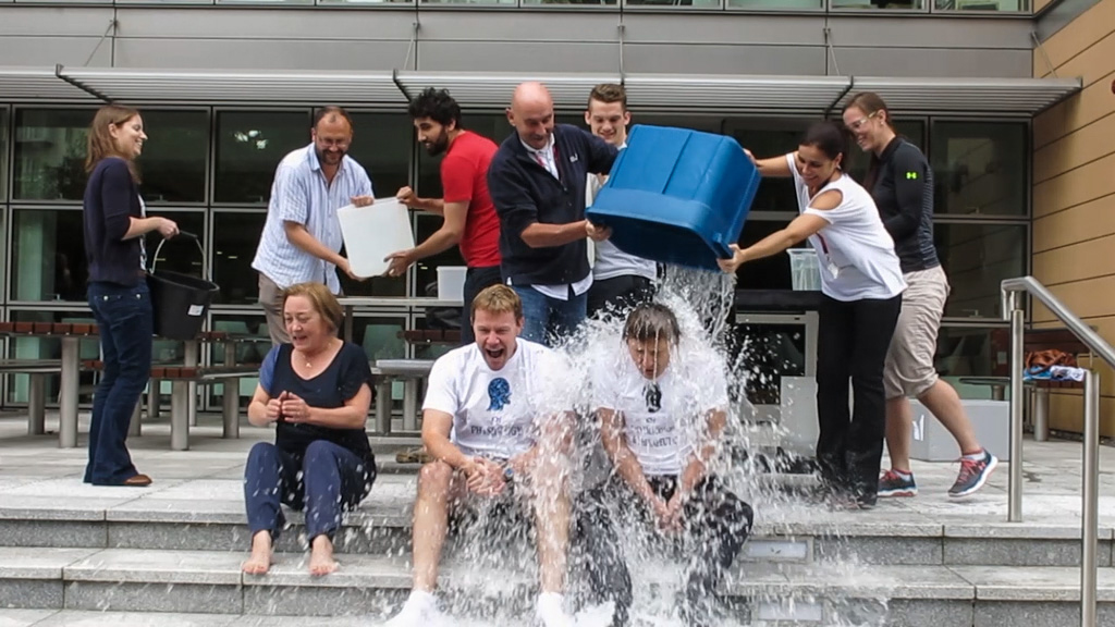 Prof. Walther completes Ice Bucket Challenge!