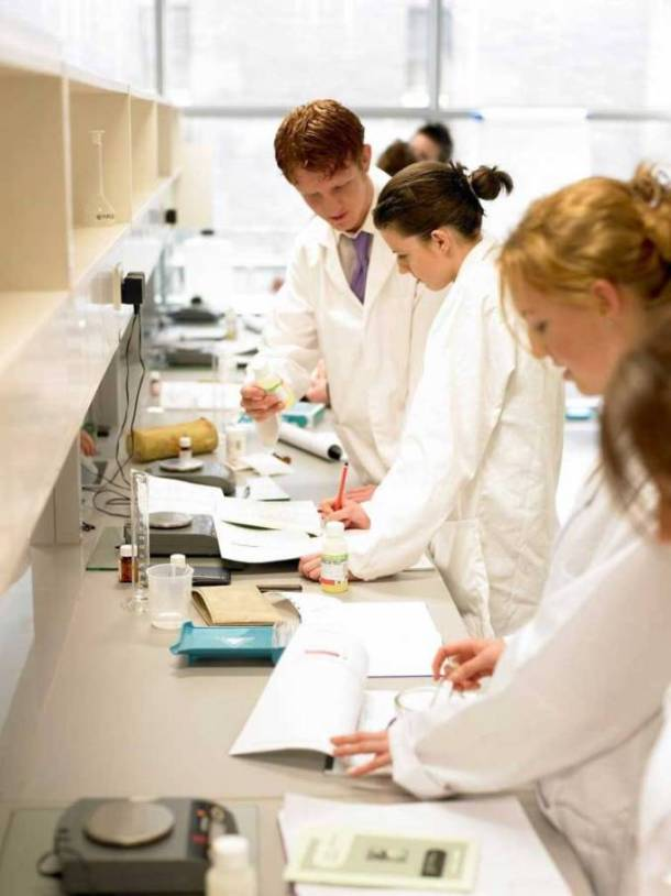 School of Pharmacy Open Day For Senior Cycle Secondary Level Students 9 January 2015