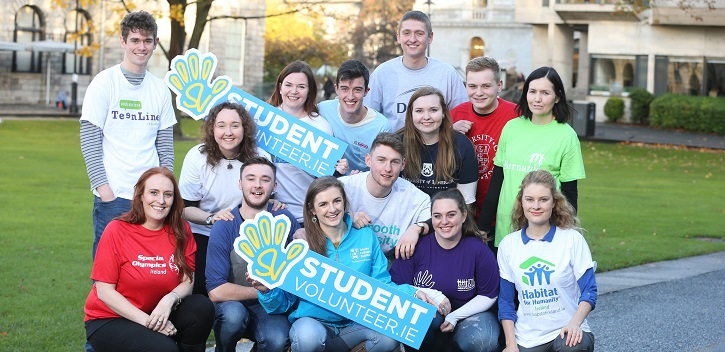 Students launch world's first online volunteering portal