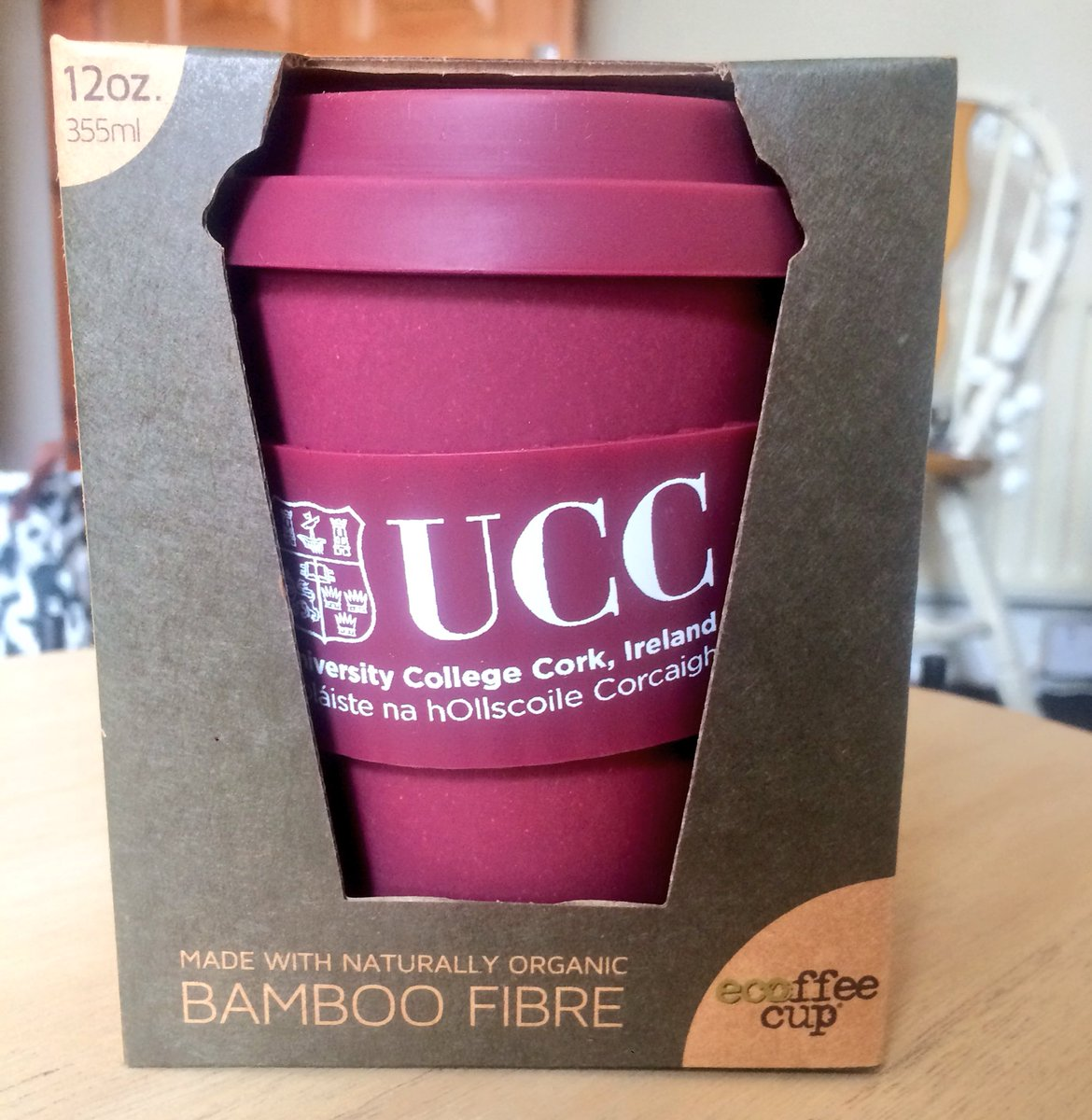 UCC Freshers issued with reusable bamboo coffee cups