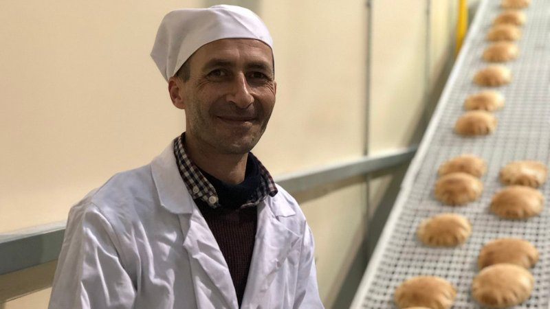 Syrian refugee opens bakery business in Cork