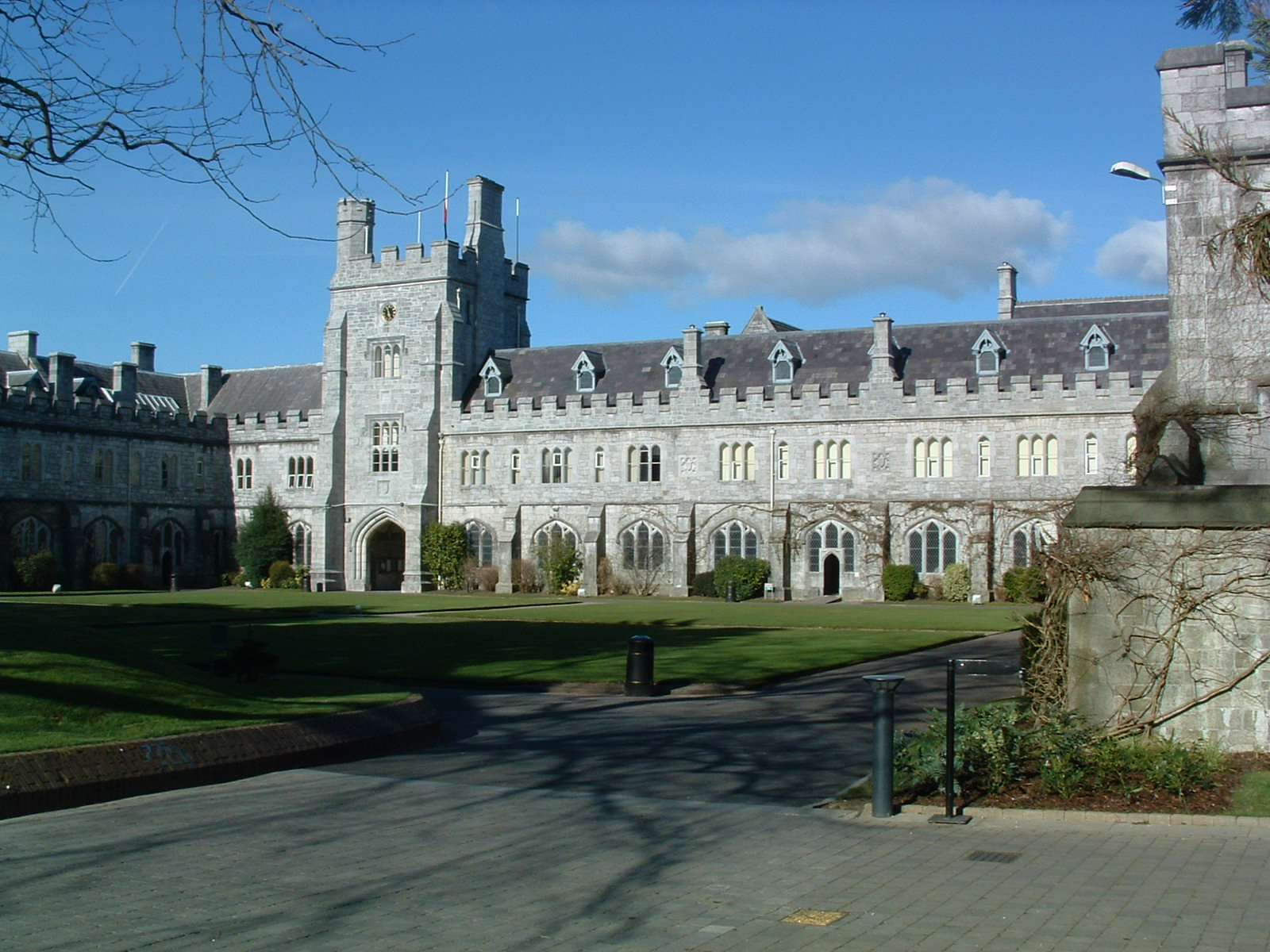 UCC climbs to 2nd place in GreenMetric World Rankings!!